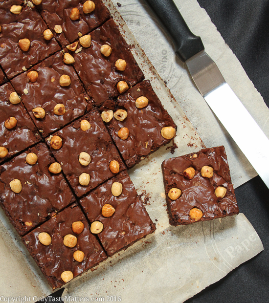 Celebrate World Nutella Day the gluten free way! Make Nutella Brownies | OnlyTasteMatters.com!