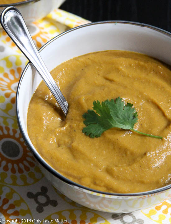 Slow Cooker Sweet Potato and Cashew Bisque {Paleo}   Only Taste Matters