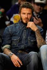 what-to-wear-with-Denim-shirt-men-1