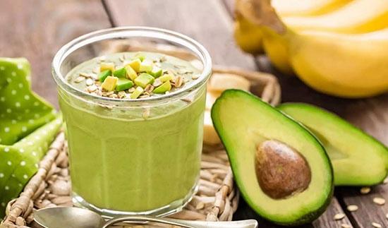 Витаминный коктейль с авокадо