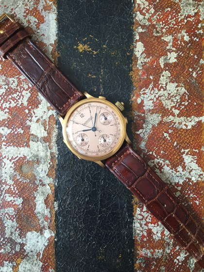 eberhard-the-yellow-gold-split-second-chronograph-natural