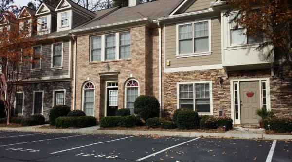 Roswell Townhome Community Of Harris Commons