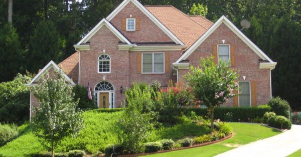 Forrest Lake Neighborhood Home In Johns Creek