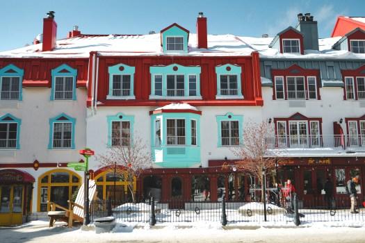 Maisons colorées de la station du Mont Tremblant