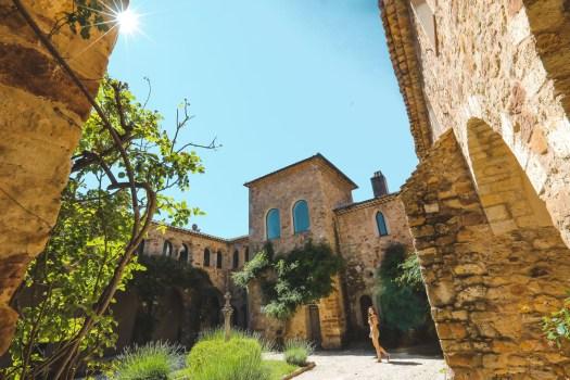 chateau sainte roseline, les arcs cloitre, Var