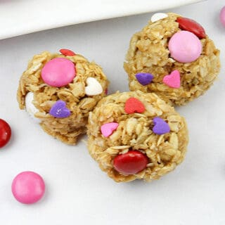 Snack bites with heart and pink, red and purple decorations