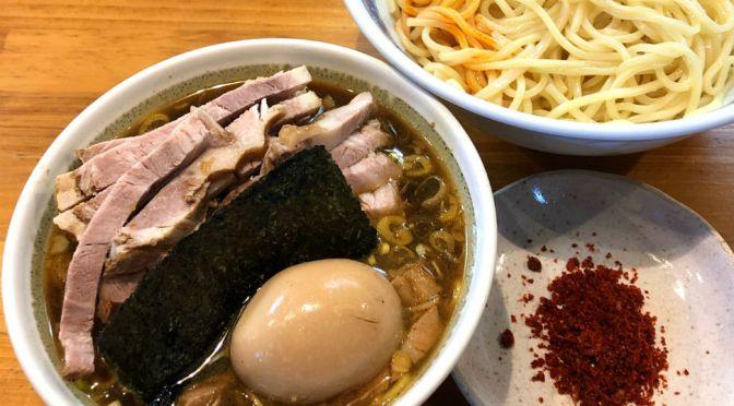早稲田「としおか」つけ麺、相変わらず旨し。「新・塩ラーメン」なんていう新規メニューがあった。