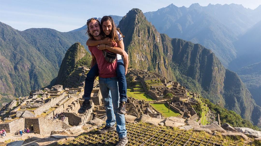 Devant le Machu Picchu