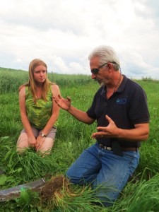 Ashley Pierce and Ray Archuleta talk at Grasstravaganza