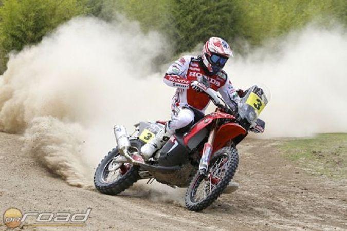 Barreda az élen nyitott - 25 év után nyert gyári Honda Dakar szakaszt!