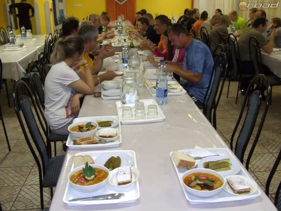 A vacsora ízletes és laktató volt az egri szálláshelyünkön