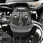 Moto-Guzzi-V7-Carbon-Shine-Onroad-6