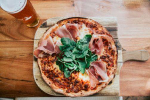 onslow-beach-club-bar-pizzasmall