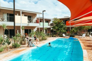 onslow-beach-resort-pool-6