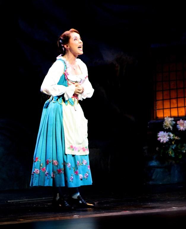 Manon Taris est Belle