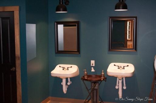 Mens Bathrooms