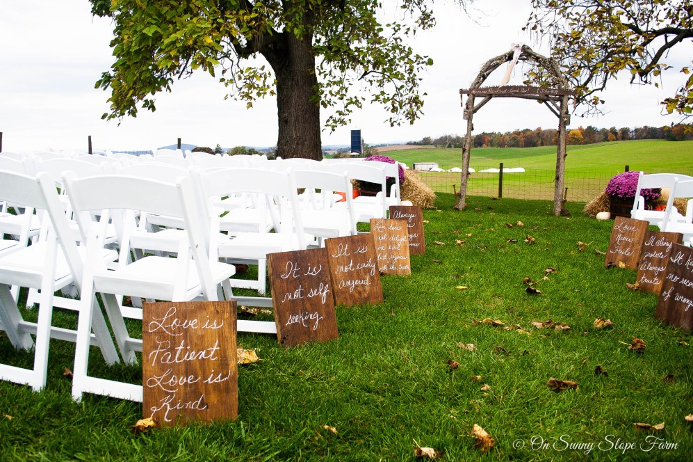Fall_Wedding_On_Sunny_Slope_Farm-2