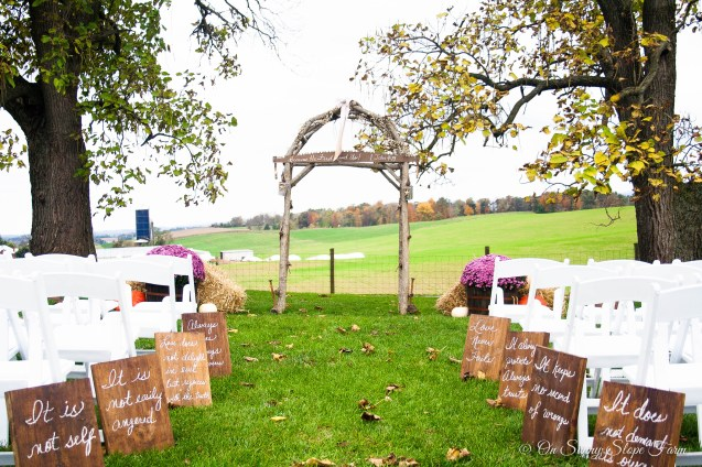 Fall_Wedding_On_Sunny_Slope_Farm-4