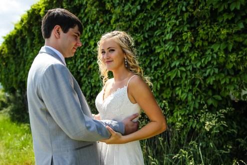 Jordan + Kevin Wedding On Sunny Slope Farm Wedding Venue by Linda Hexter Photography (15 of 30)
