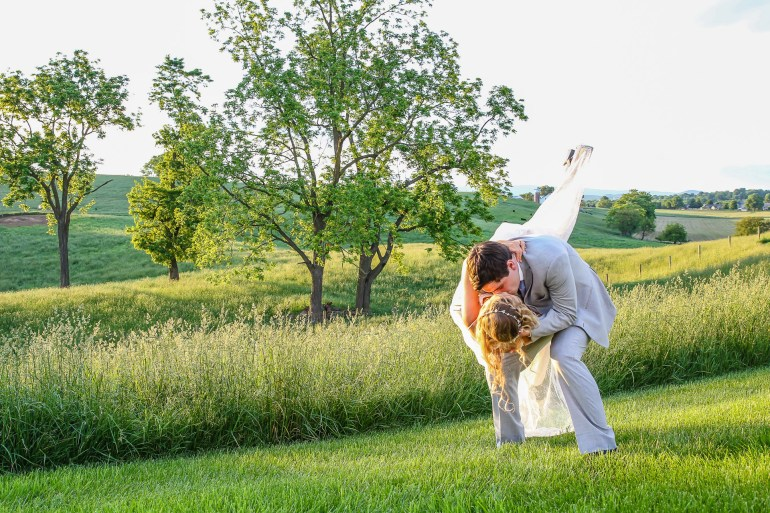 Jordan + Kevin Wedding On Sunny Slope Farm Wedding Venue by Linda Hexter Photography (24 of 30)