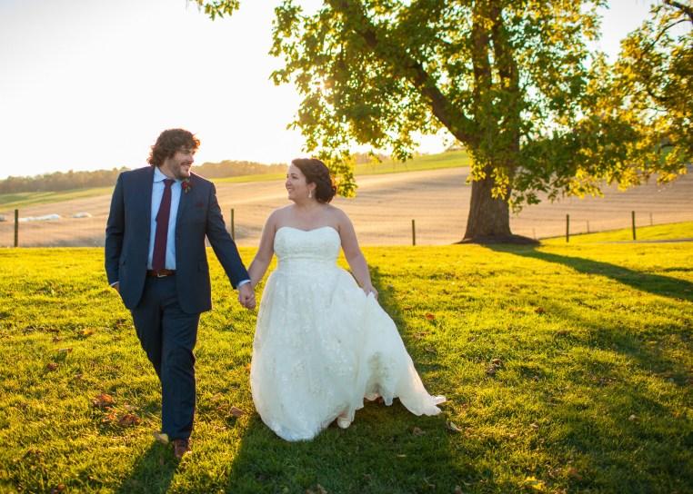 Mary + Patrick Wedding On Sunny Slope Farm Wedding Venue by Feather & Oak Photography (28 of 31)