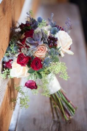 Mary + Patrick Wedding On Sunny Slope Farm Wedding Venue by Feather & Oak Photography (3 of 31)