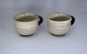 小鹿田焼 マグカップ 白 トビ鉋 小袋窯