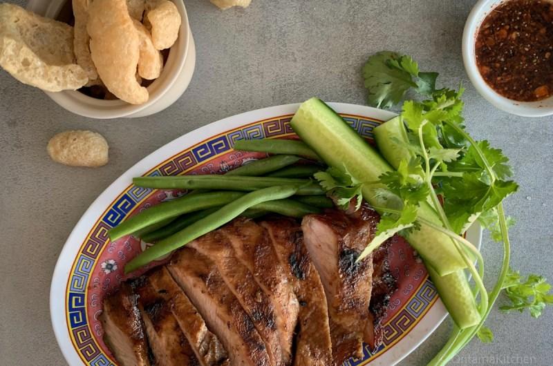 コームーヤーン (Grilled Pork Neck/คอหมูย่าง)