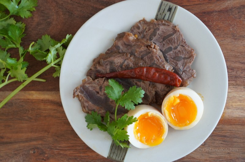 台湾風牛スネ肉煮込み (Taiwanese Braised Beef Shank/台式滷牛腱)