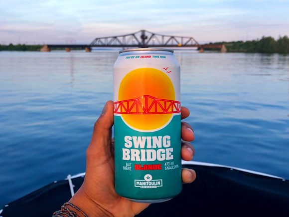 Can of Swing Bridge blonde beer
