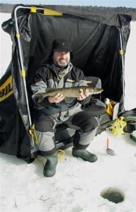 Icing Northern Pike (Medium)
