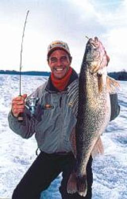 High Percentage Spots for Early Ice 'Eyes Walleye Fishing