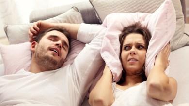كيف تساعدي زوجك للتخلص من الشخير بأبسط الطرق