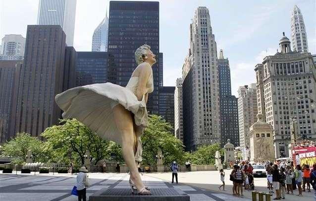 التماثيل الغريبة المنتشرة حول العالم شاهدي أجملها وأكثرها غرابة