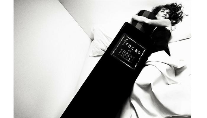 Isabelle Huppert (1953) para Robert Piguet, 2012. Foto: Inès & Vinooh
