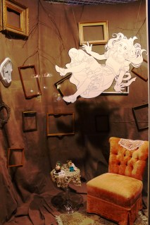 Zephyr Designs' ARTstravaganza window display. A little Alice in Wonderland for you!