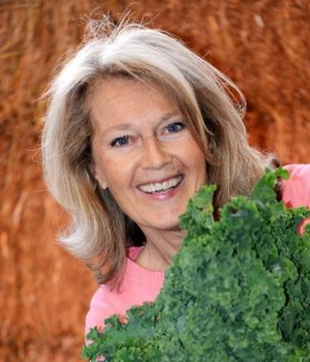 Åsa Johansson raw food teacher w kale