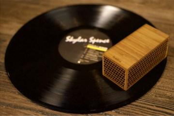 rokblok portable vinyl record player