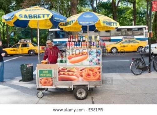 3-24 - hot-dog-stand-new-york-city-america-usa-E981PR
