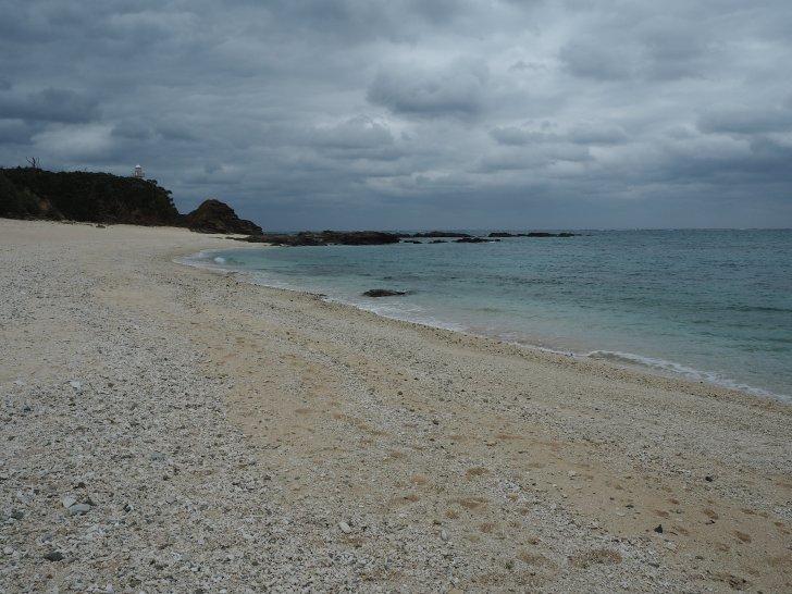 赤崎(あかさき)海岸