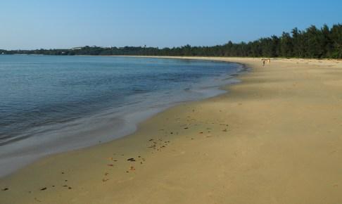 静かでのんびりとしたビーチである