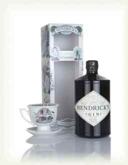 hendricks-gin-unusual-garden-gift-box-with-tea-cup-gin