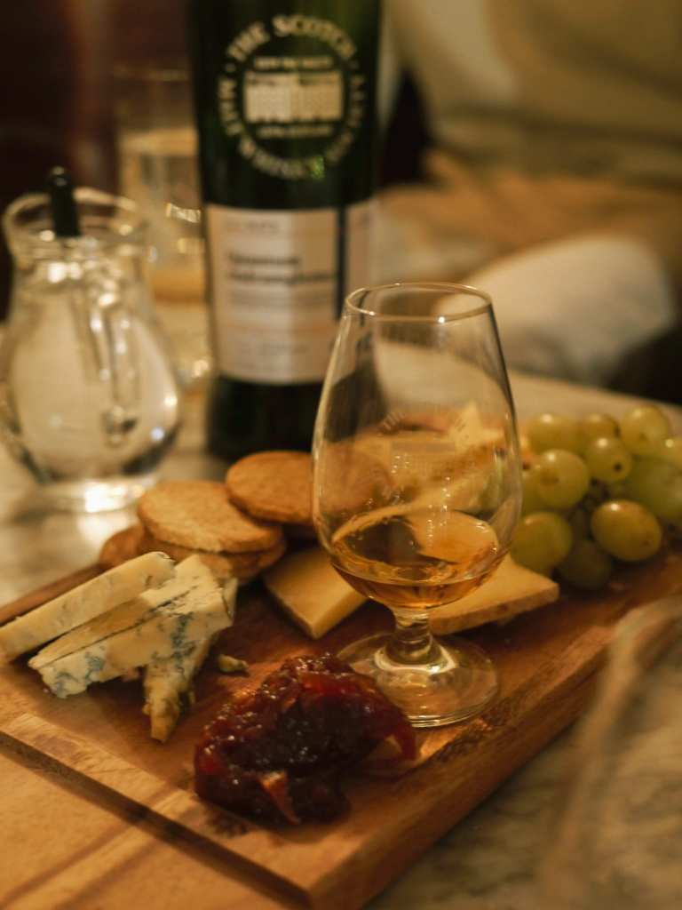 cheese and whisky tasting in Edinburgh
