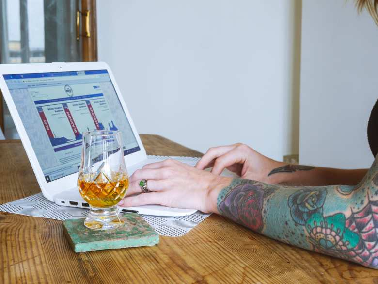 shopping alcohol online with whisky