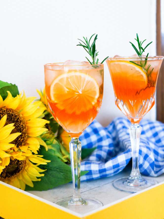 Summer Spritz cocktails