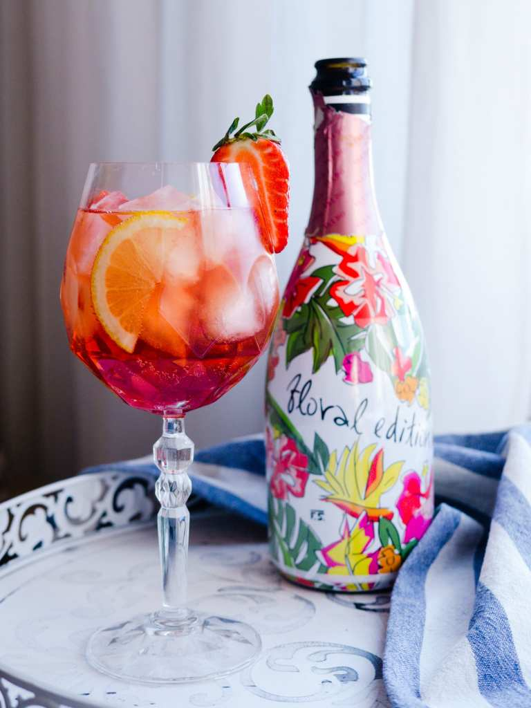 Bottle of sparkling Rose for Spritz