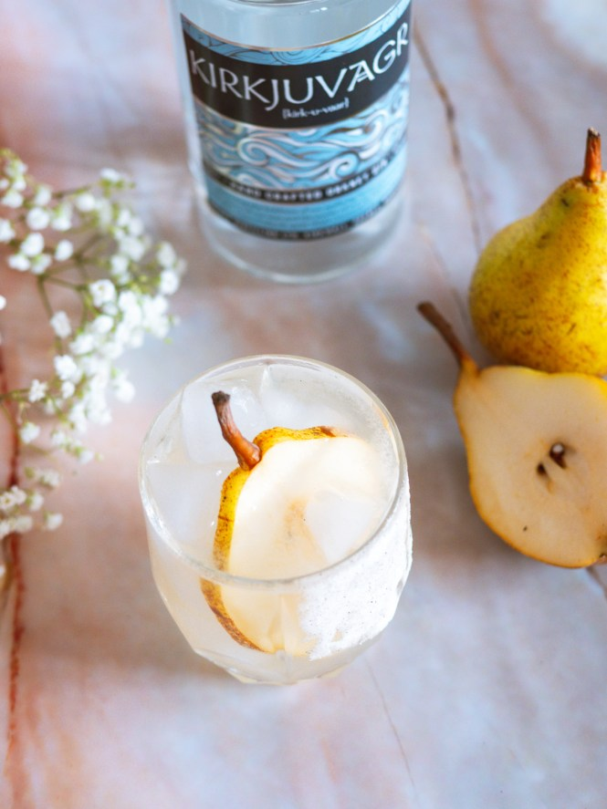 Winter pear gin cocktail