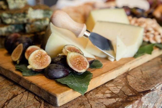 fig and cheese pairing