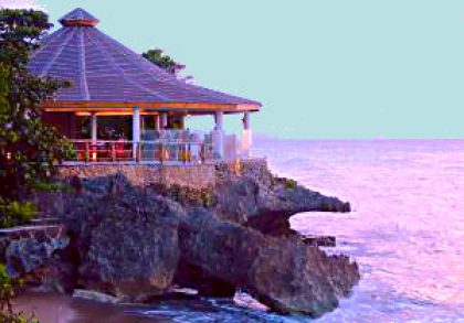 the beach club=things to do in sosua, live music