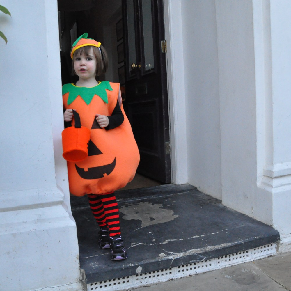 Kids' Hallowe'en costumes